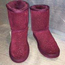 UGG Purple Aster CONSTELLATION Classic Short Boot, S/N 1009352Y, SIZE 6 - $89.00