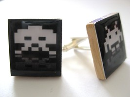 Space Invaders Cuff Links in Black/white ~ handmade by DandanDesigns - $11.43