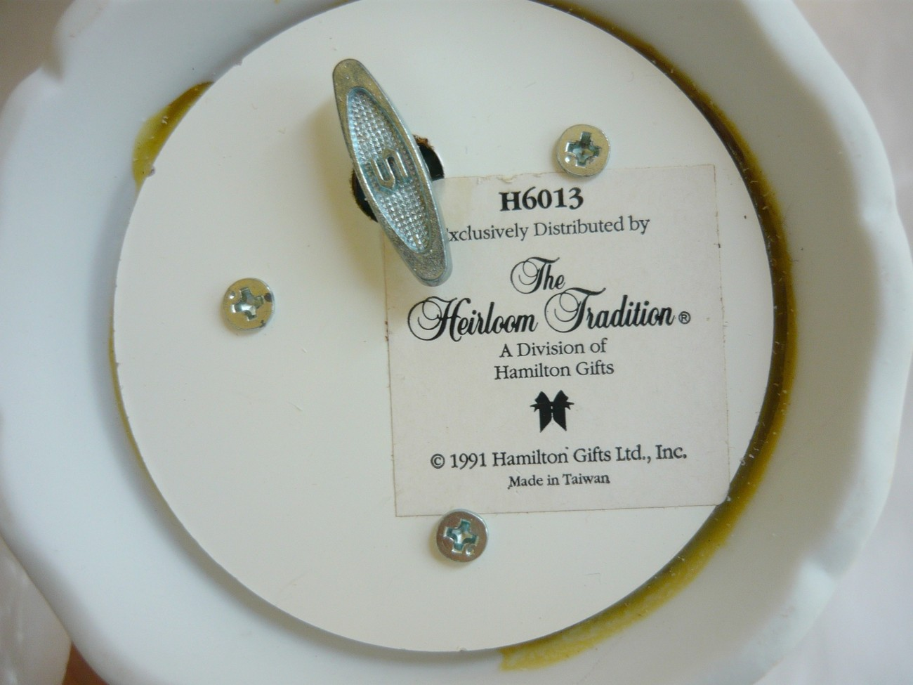 Bride and Groom Bell Music Box The Heirloom Tradition 1991