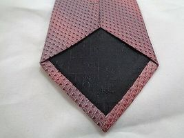 """KENNETH COLE PINK PURPLE MAROON SHINY TRIANGLES SILK NECKTIE 60"""" LONG 4"""" WIDE image 4"""