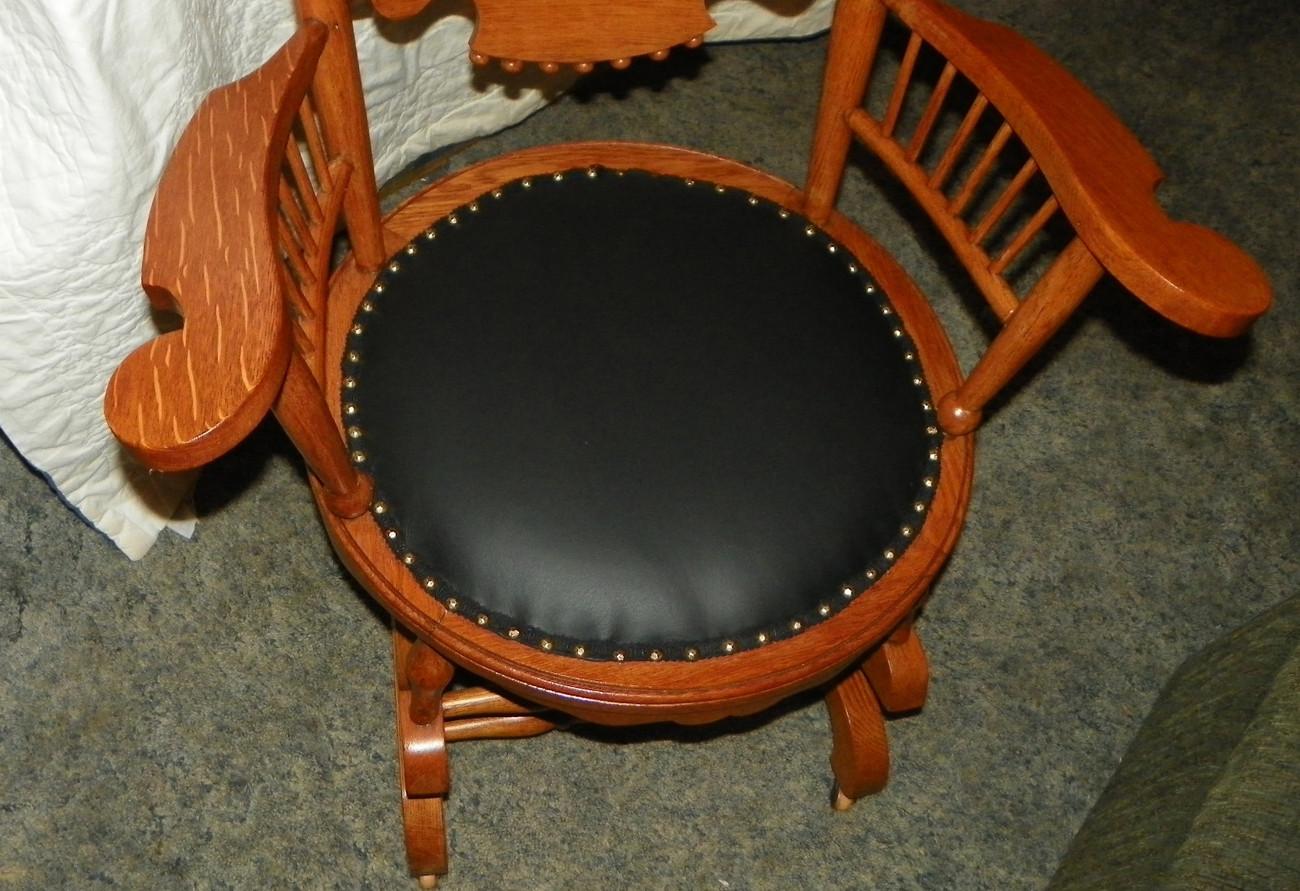 Oak carved spindle back rocker rocking chair with black