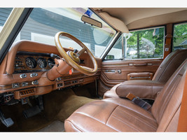 1984 Jeep Grand Wagoneer For Sale In Lewis Center, OH 43035 image 5