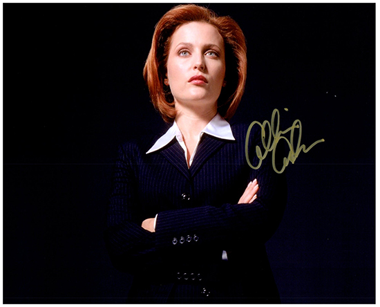 GILLIAN ANDERSON  Authentic Original  SIGNED AUTOGRAPHED PHOTO W/COA 38089