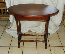 Walnut Single Board Turned Spindle Leg Oval Parlor Table / Entry Table w/ Drawer - $499.00