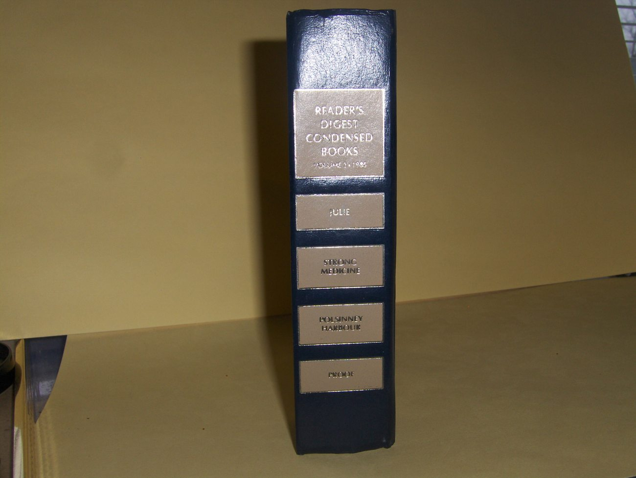 Readers Digest Condensed Books  Volume 2 1985 1st Edition  Hardback