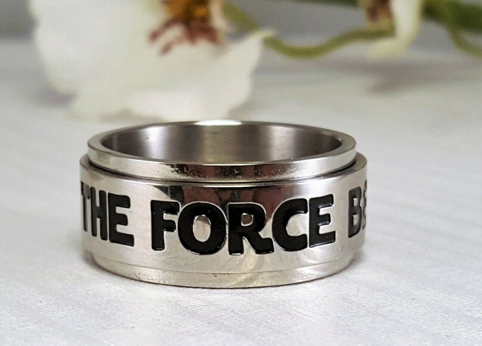 STAR WARS SPINNER RING SIZE 10