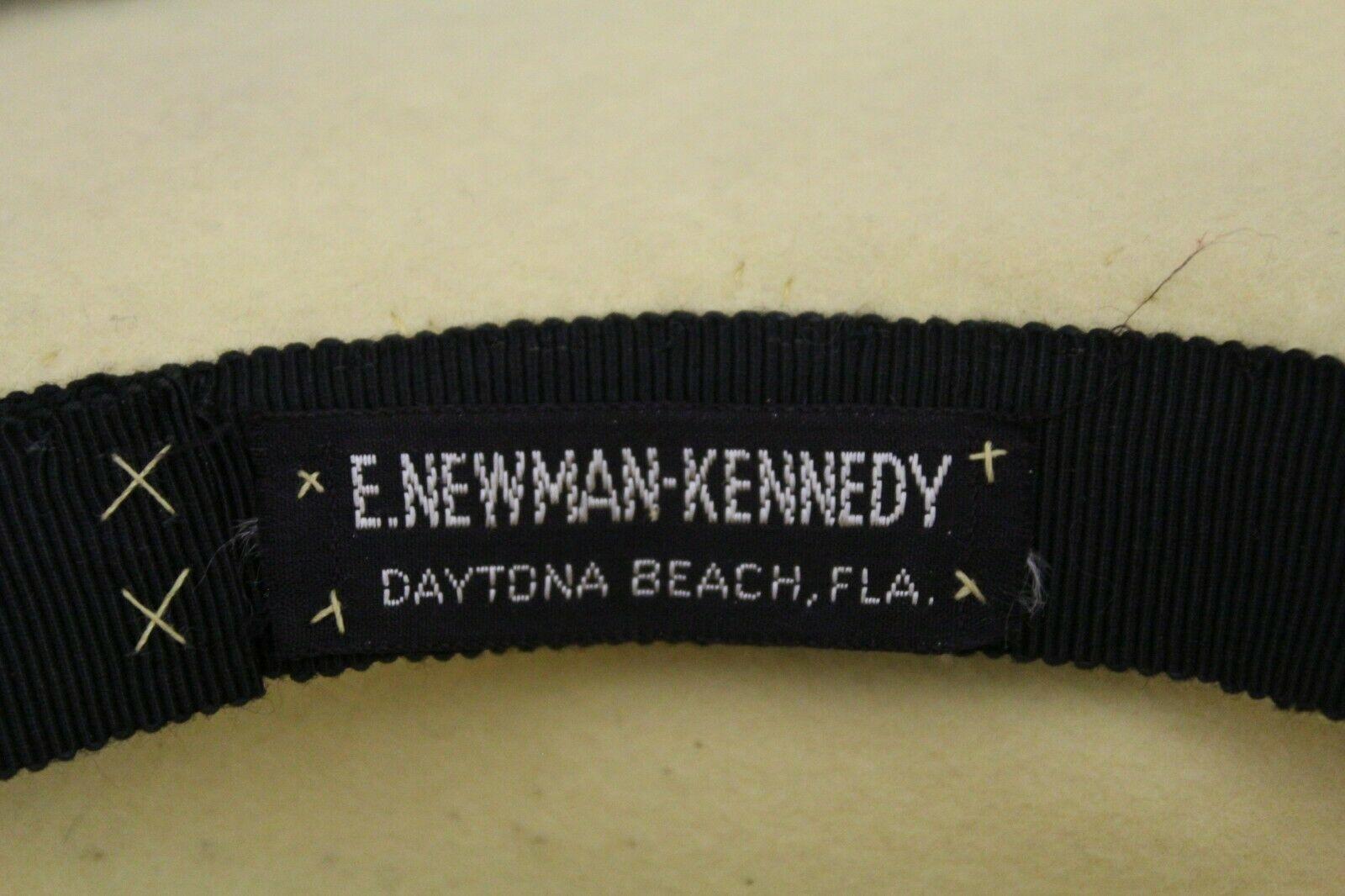 1940s womens Fedora hat ivory Black Feather Spray E.Newman Kennedy Daytona Beach