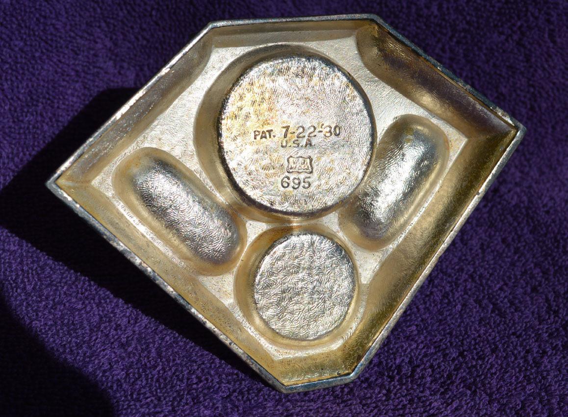 Collie metal trinket box  Art Deco design - vintage 1930s Weidlich Bros