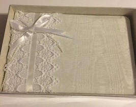 Weddings By Amscan Vintage Lace Guest Book White Moire Pearl Ribbon - $31.92