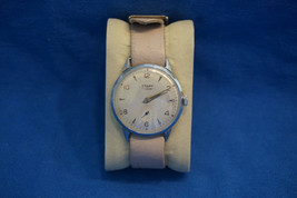 Vintage Mechanical Russian USSR Watch Start 1950s Vintage Band Gold Accents - $41.71