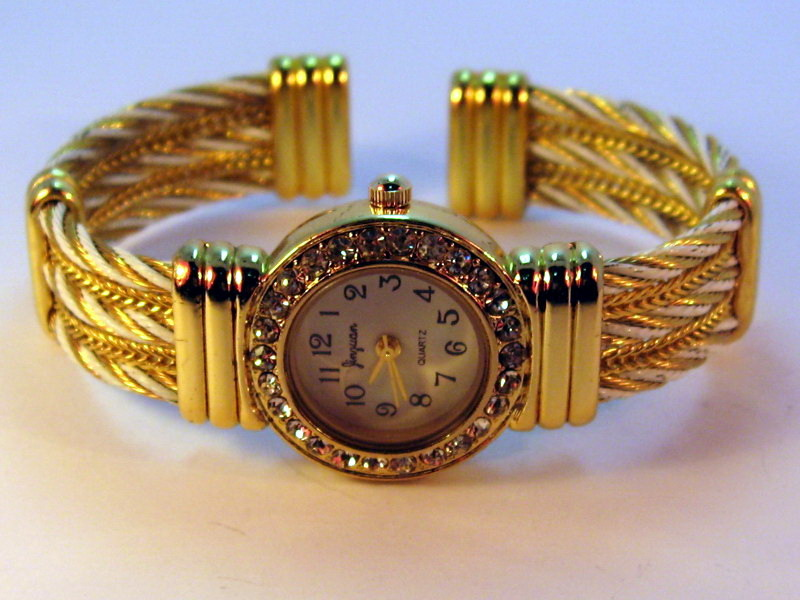 Beautiful and Unique Gold & White Fashion Watch - New