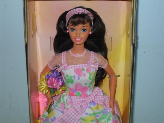 1996 Spring Petals Barbie Doll Avon Exclusive New In The Box