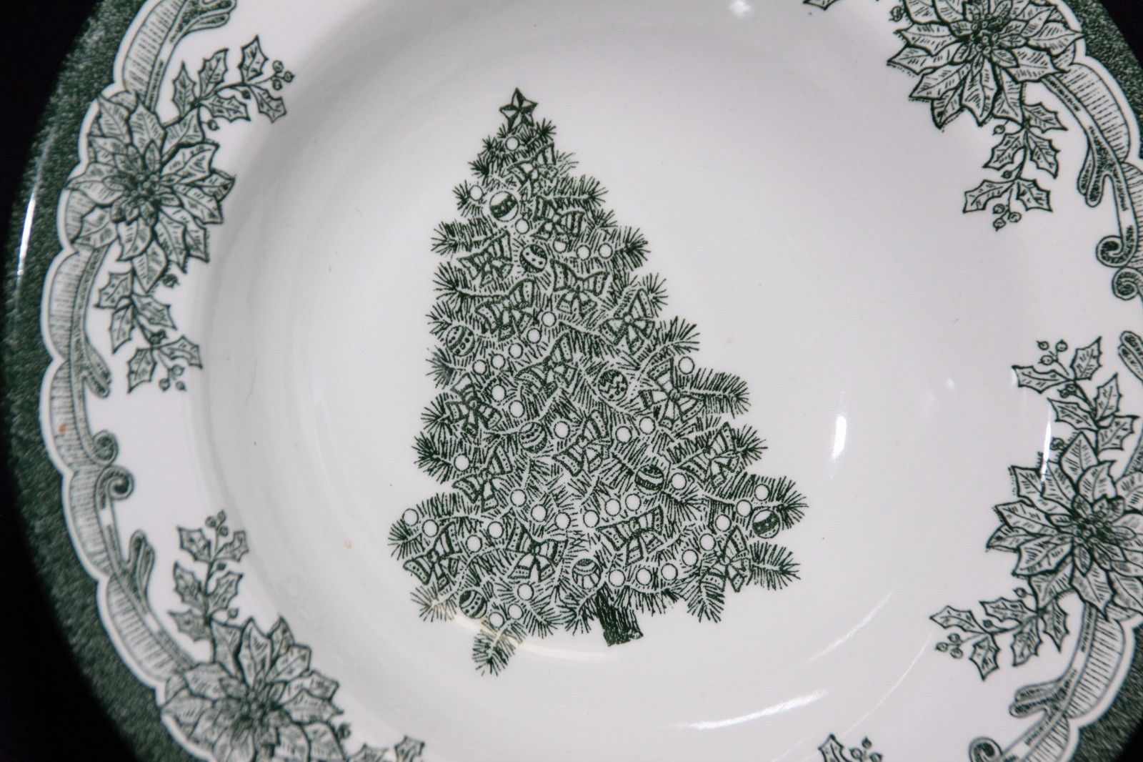 Staffordshire Engravings Yuletide Green Salad Plates and Soup Bowls image 3