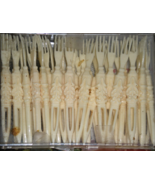 Cocktail Party Picks Hors D'oeuvres Forks Faux Ivory Plastic 1950 Vintage - $4.95