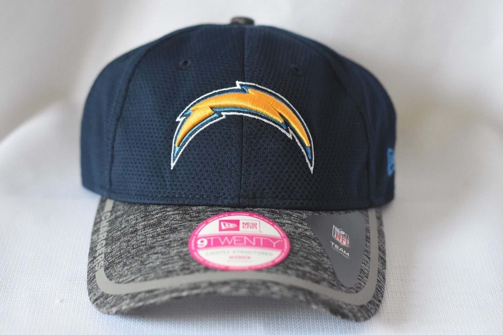 Womens New Era 9Twenty NFL Los Angles Chargers Snapback Hat Cap NWT