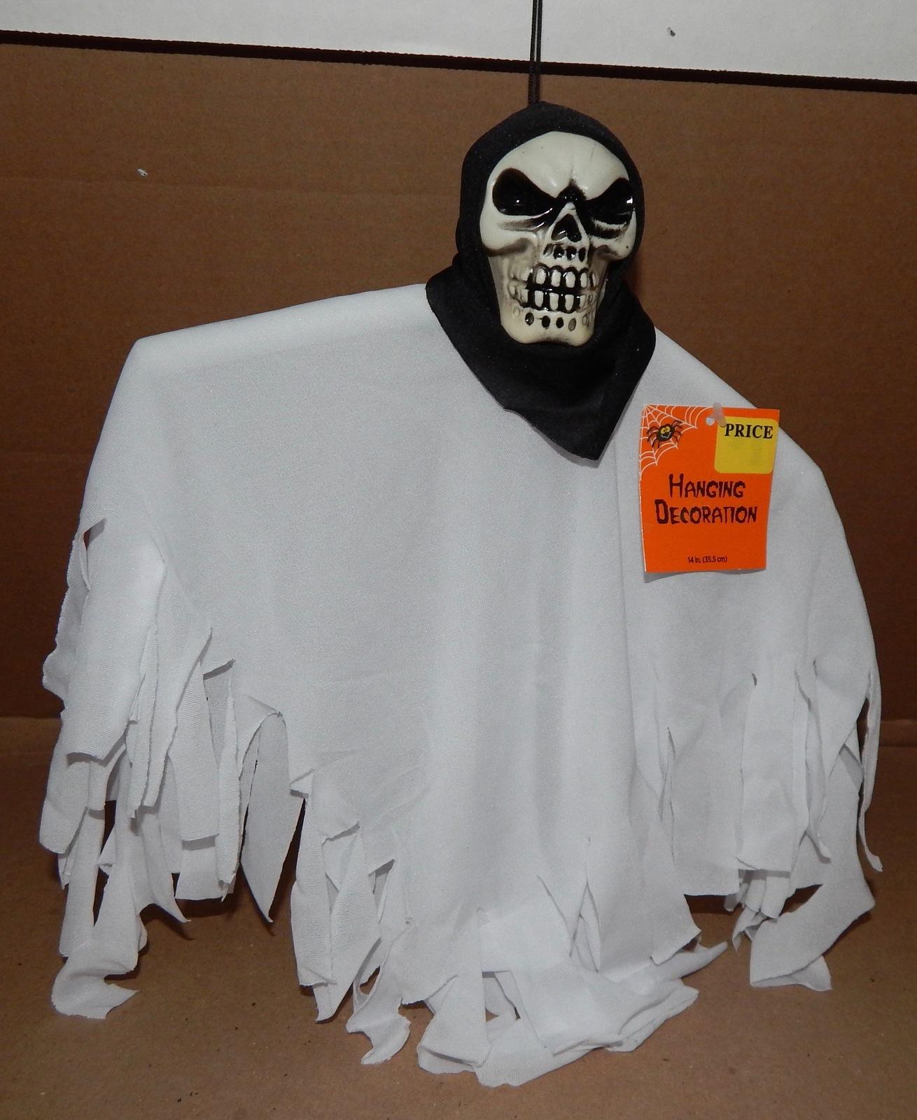"Halloween Decorative Hanging Decoration Ghost Skulls 3ea 15"" x 10"" Bendable 129D"