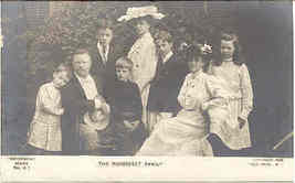 Teddy Roosevelt and Family 1906 Vintage Photo Post Card - $15.00