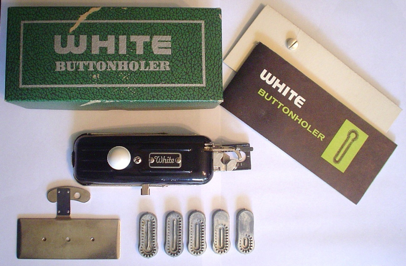 Auction 443 white buttonholer 5 cams