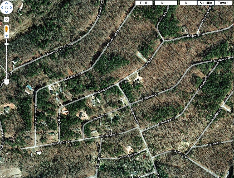 Beautiful FOXWOOD HILLS Lot in South Carolina near Clemson Univ ( walk to lake )