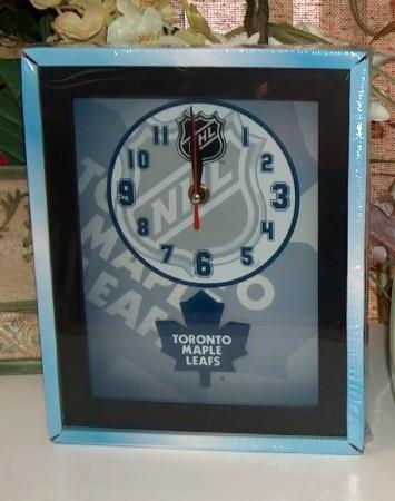 Toronto leafs clock