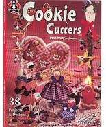 Cookie Cutters Holiday Crafts 36 Projects Designs Instructions Suzanne M... - $3.99