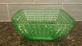 VINTAGE VASELINE URANIUM BOWL GREEN, SAW TOOTH EDGE, SQUARE, BOX DESIGN ... - $73.50