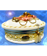 HAUNTED ANTIQUE CHEST OFFERS ONLY SUPREME BEAUT... - $89,007.77