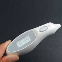 New Baby Kids Infrared IR Temperature Portable Digital Ear Thermometer - $21.03