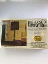 The House Of Miniatures Queen Anne Fire Screen Circle 1725 To 1760 42001 - $15.16