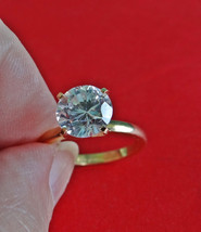 ESPO signed Vintage gold tone  size 5  solitaire ring with super sparkly... - £15.15 GBP