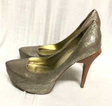 BCBG MAXAZRIA SHOES Platform Gold Leather Pumps Sandals  Wood heel: 9/39 - $27.10
