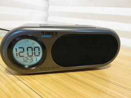 Timex Bedtime Beats AM FM Clock Radio Nature Sounds - iPod portion untested - $18.69