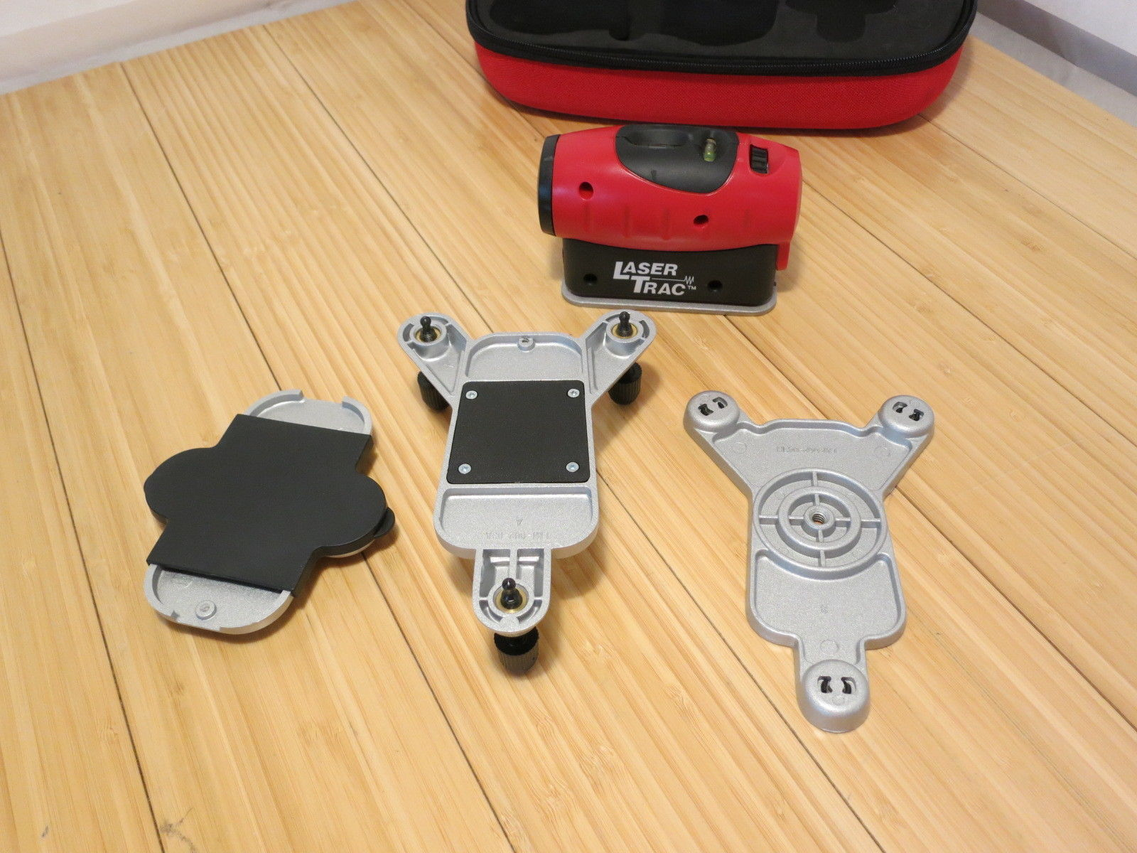 Urceri Laser Entfernungsmesser : New craftsman 4 in 1 level with laser trac and 50 similar items