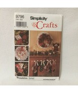 Simplicity Pattern 9796 Country Christmas Tree Skirt Stockings Ornaments... - $5.00