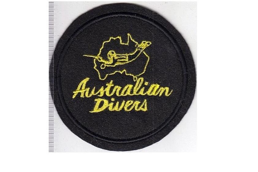 G australia   france australian divers la spirotechnique 1968 yellow on black felt 12.99 4.25 in