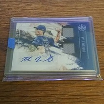 Kyle Wright Auto 2019 Panini Diamond Kings DK Material Signatures  - $11.88