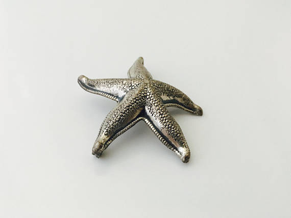 STARFISH Vintage Brooch Pin in Sterling Silver - BEAU STERLING - 1.5 inches wide