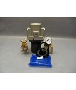 SMC AR60-N10-z Regulator Modular With 160 Pressure Gauge and Bracket Set - $66.09