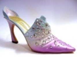 Passion's Flame in Lavender/Pale Pink/Soft Blue Rhinestones Just the Rig... - $99.99