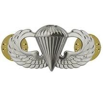 Mid Size Genuine U.S. Air Force Usaf Breast Badge: Parachutist - $14.83