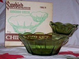 Vintage Anchor Hocking- 2 Tiered- 3 Pc Chip & Dip Set- Avocado Green w/Orig Box  image 1