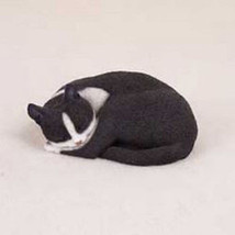 PLEASANT DREAMS BLACK WHITE CAT Figurine Statue Hand Painted Resin Gift - $19.50