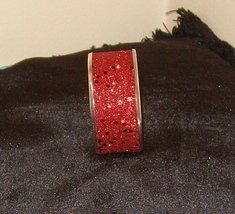 Beautiful Bangle Inlaid Bracelet Red with Sparkles