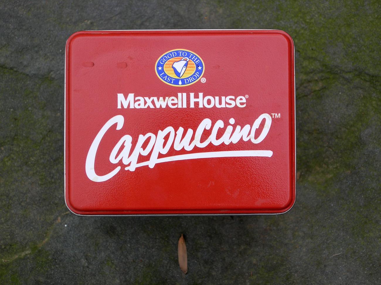 Maxwellhouse Cappuccino Collector tin