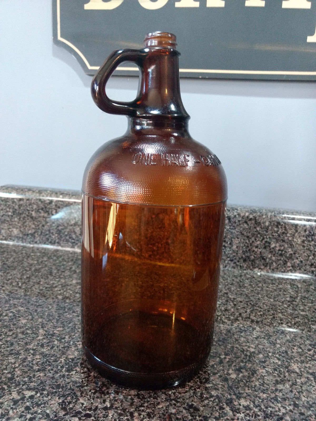 "VINTAGE 1950-1955 DURAGLAS CLOROX HANDLED 10.75""h AMBER BROWN 1/2 GAL JUG/BOTTLE"