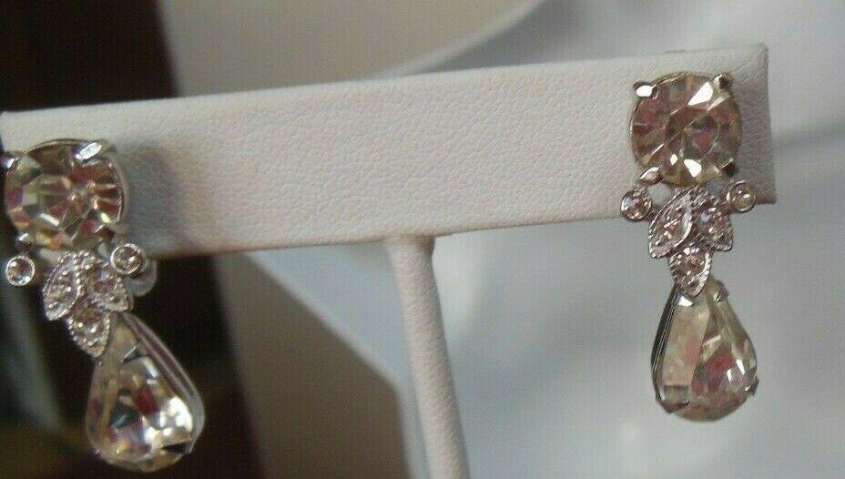 Vintage Designer Signed Eisenberg Rhinestone Teardrop Clip-on Earrings