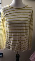 Vince White 100% Linen Yellow Striped Long Sleeved Sweater SZ S - $1.267,27 MXN