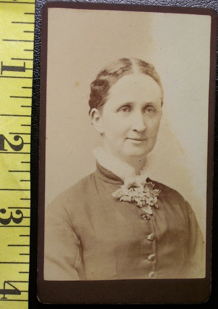 Cdv wife of handsome man 1885  1