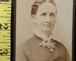 Cdv wife of handsome man 1885  1 thumb155 crop