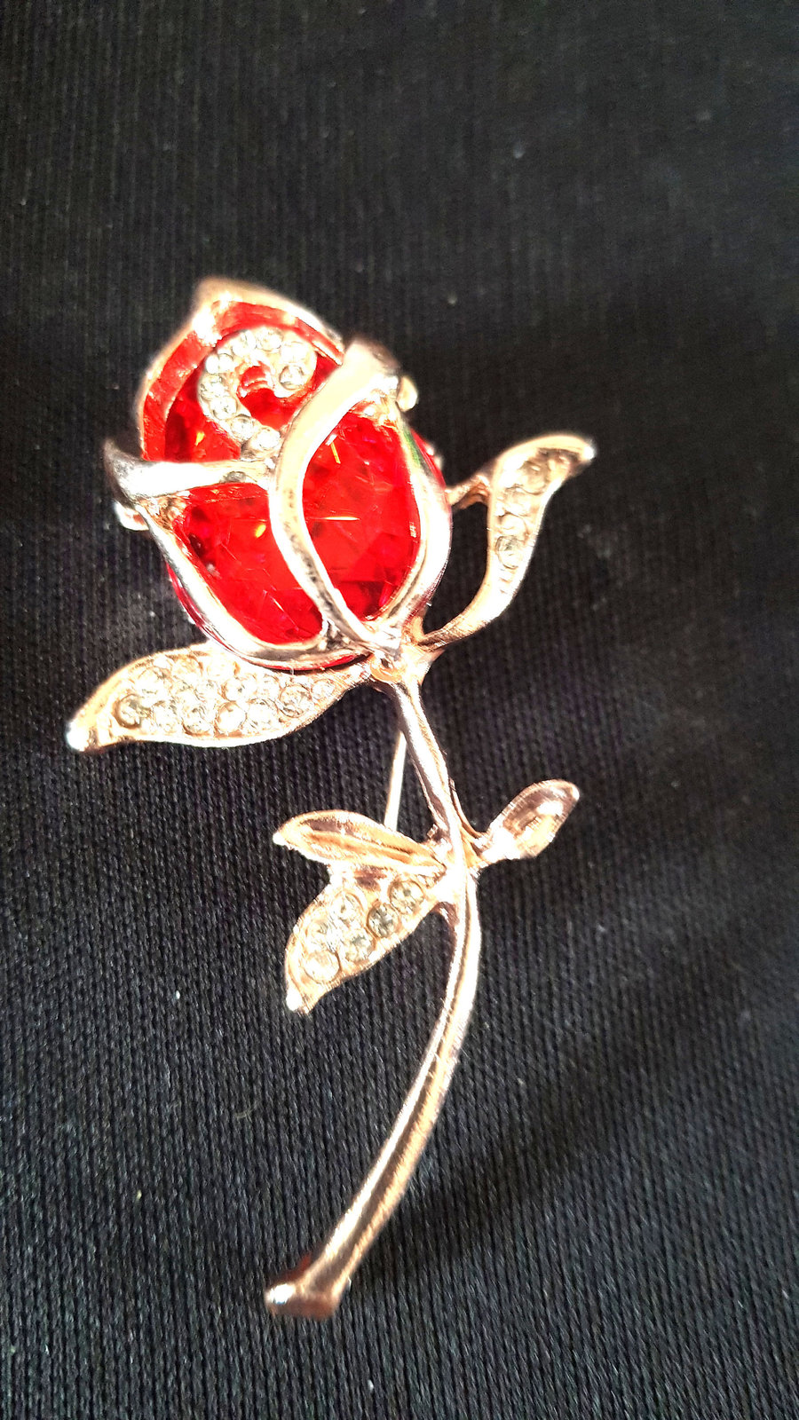 gold and crystals red rose Brooch with brooch safety crossbar connection on rear